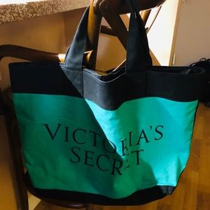 Victoria's Secret Beach 🏖 Tote Never Been Used